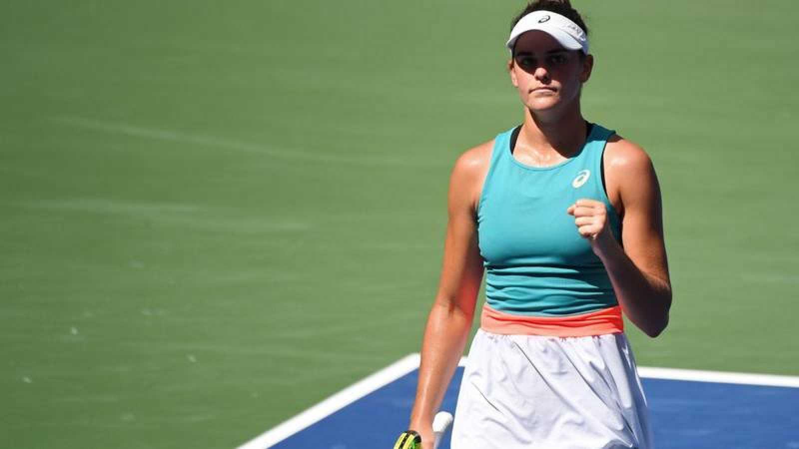 La tenista estadounidense Jennifer Brady celebra su victoria ante Putintseva en el US Open.
