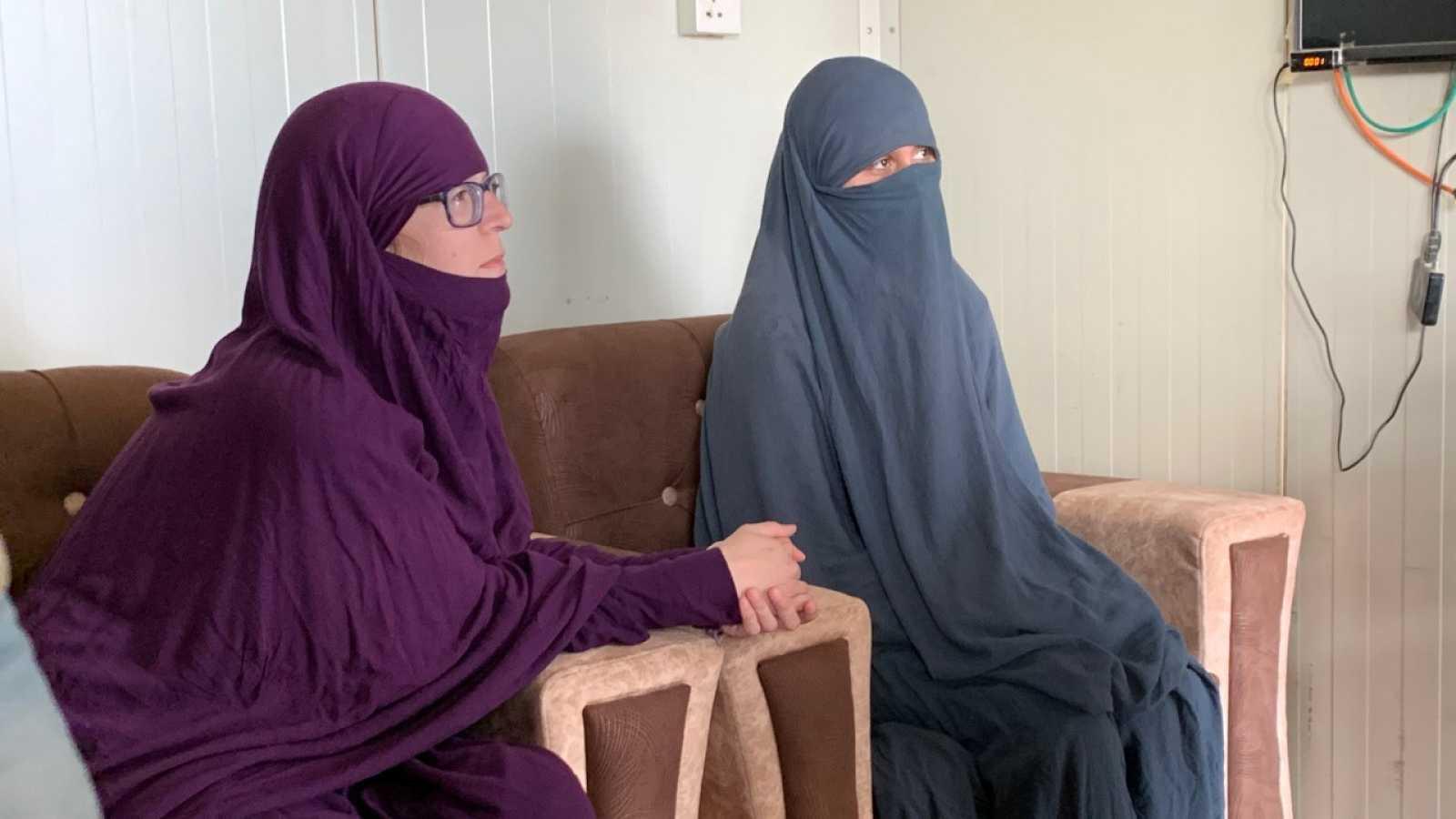 Luna Fernández y Yolanda Martínez, dos de las españolas confinadas en el campo sirio de Roj