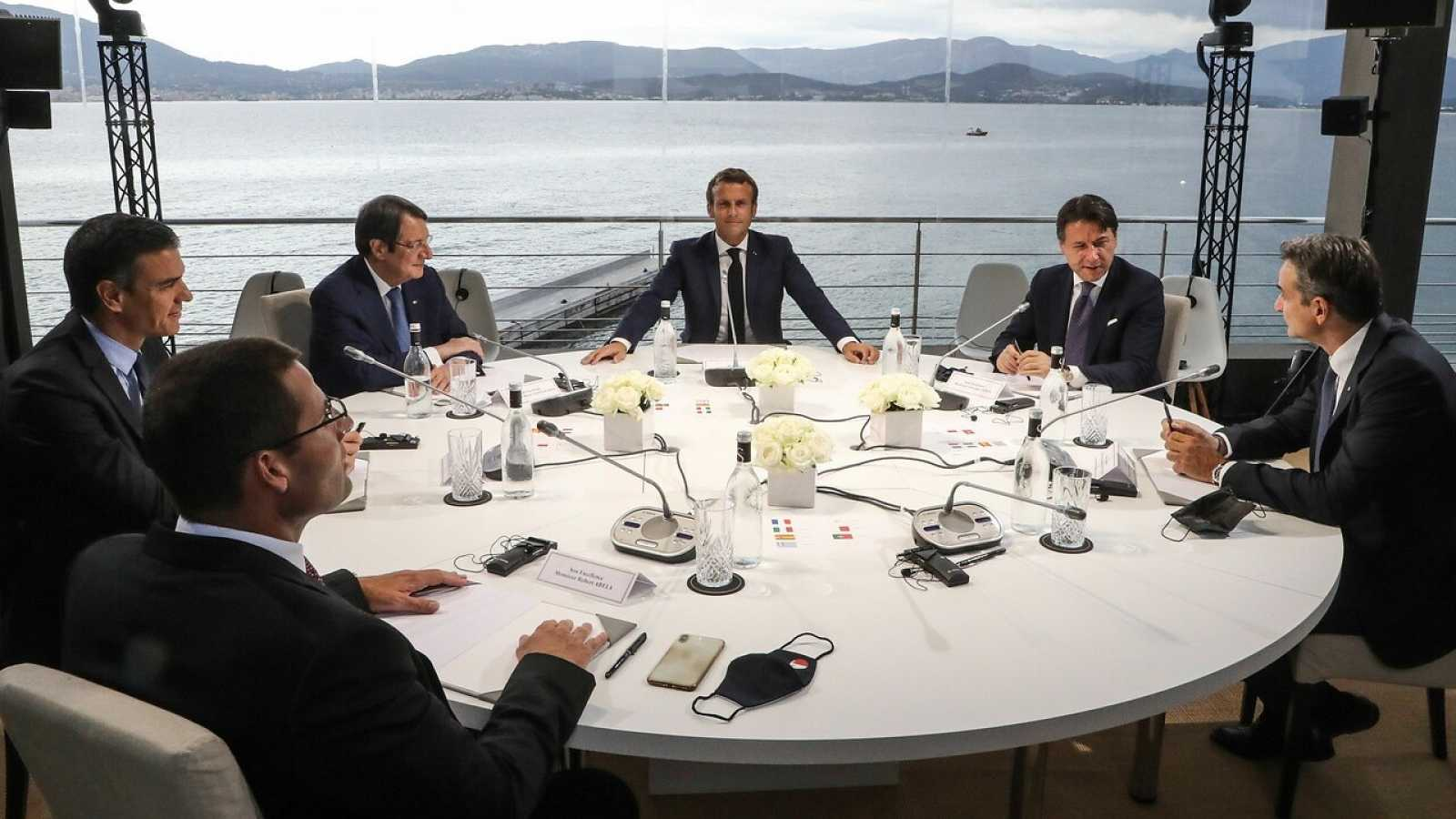 Los jefes de Gobierno durante la MED7 celebrada en Córcega