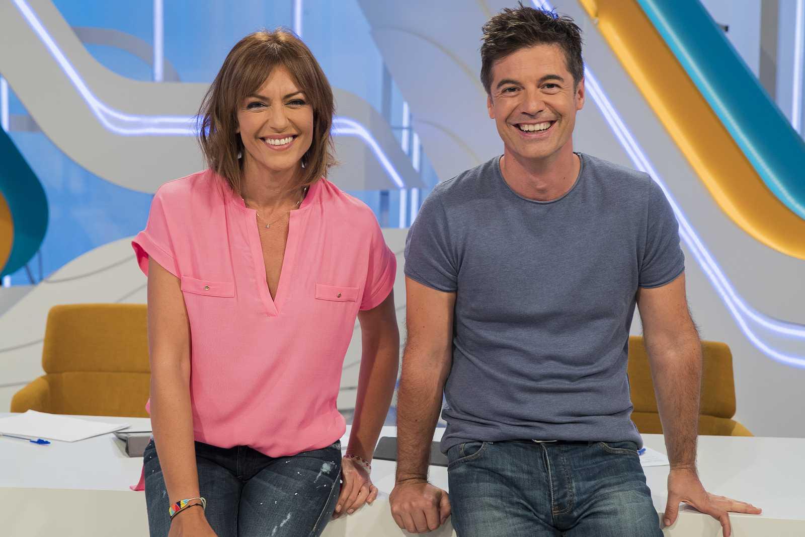 María José Molina y Antolín Romero, presentadores de 'Aquí Hay Trabajo'