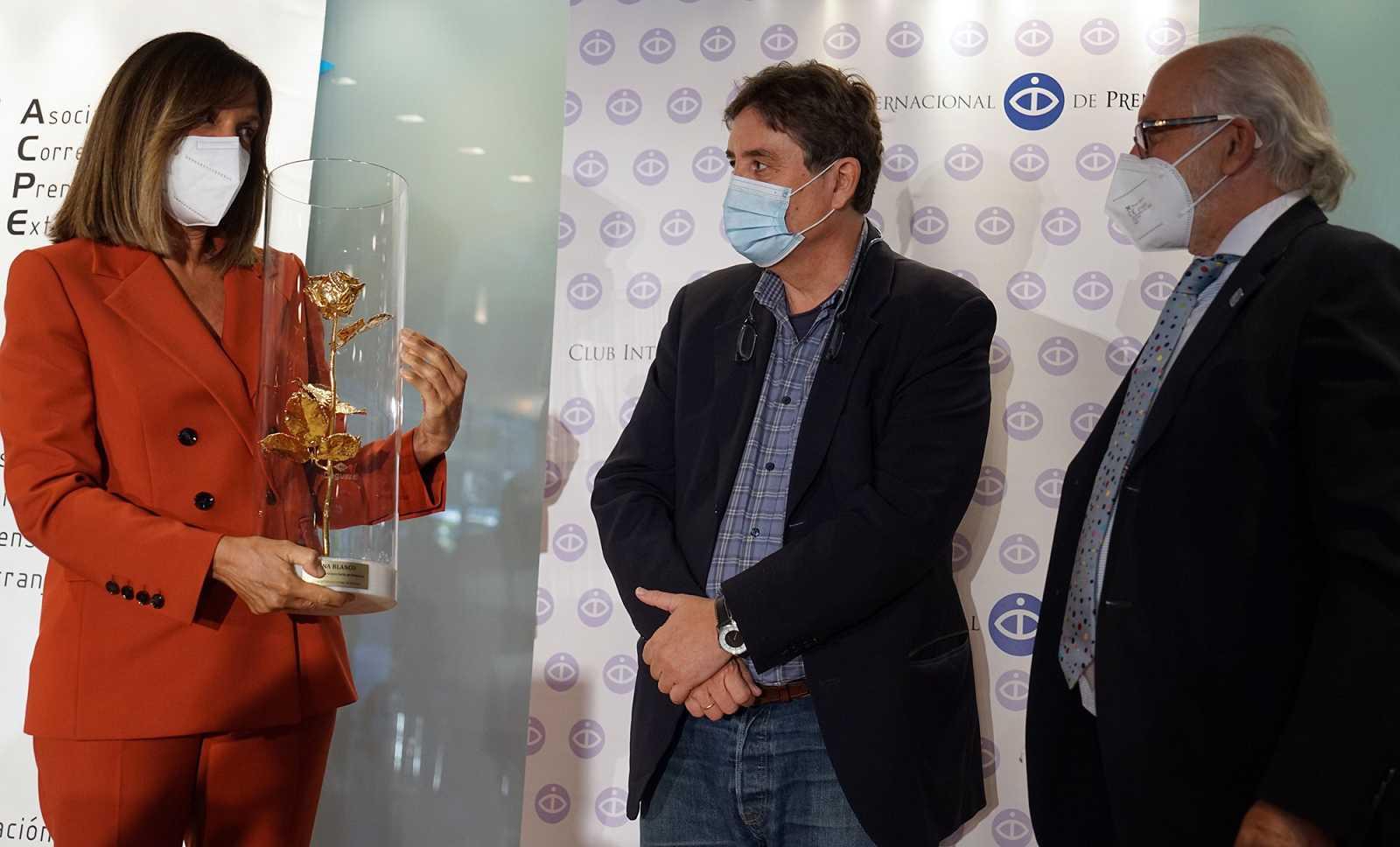 Ana Blanco, recogiendo el premio ayer en Madrid