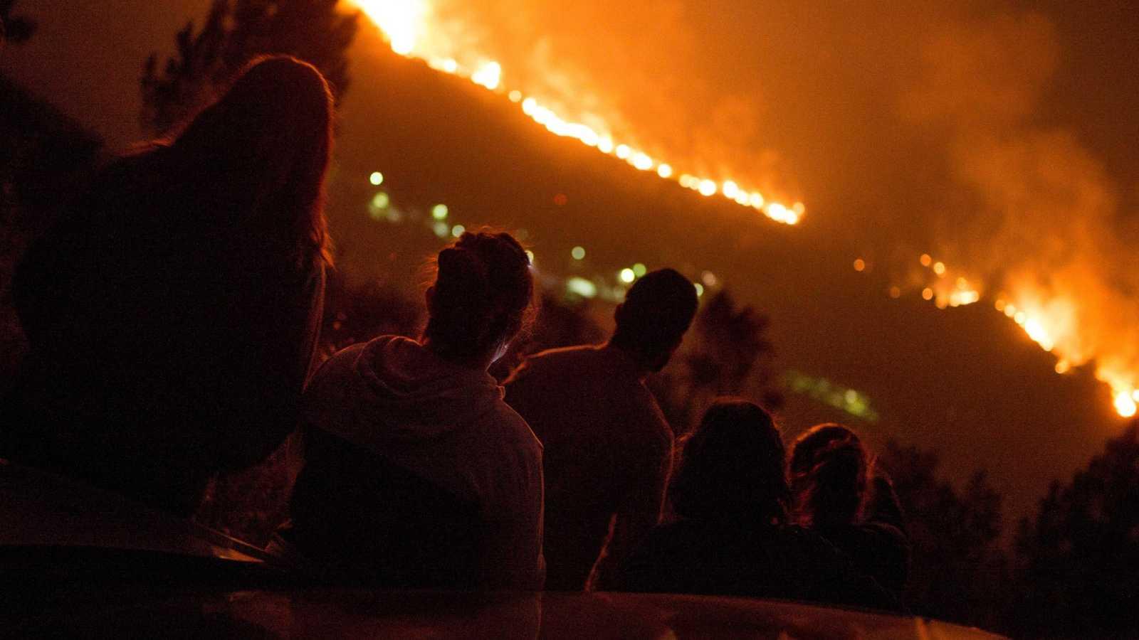 Ourense supera las 8.000 hectáreas quemadas, con Vilariño de Conso aún en alerta por los incendios