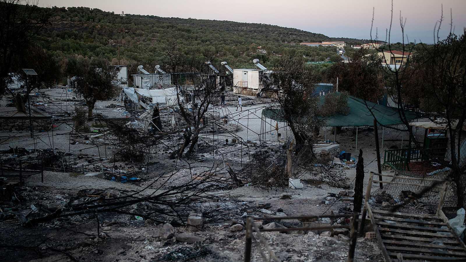 Campo de refugiados de Moria, en la isla griega de Lesbos, tras el incendio del pasado miércoles.
