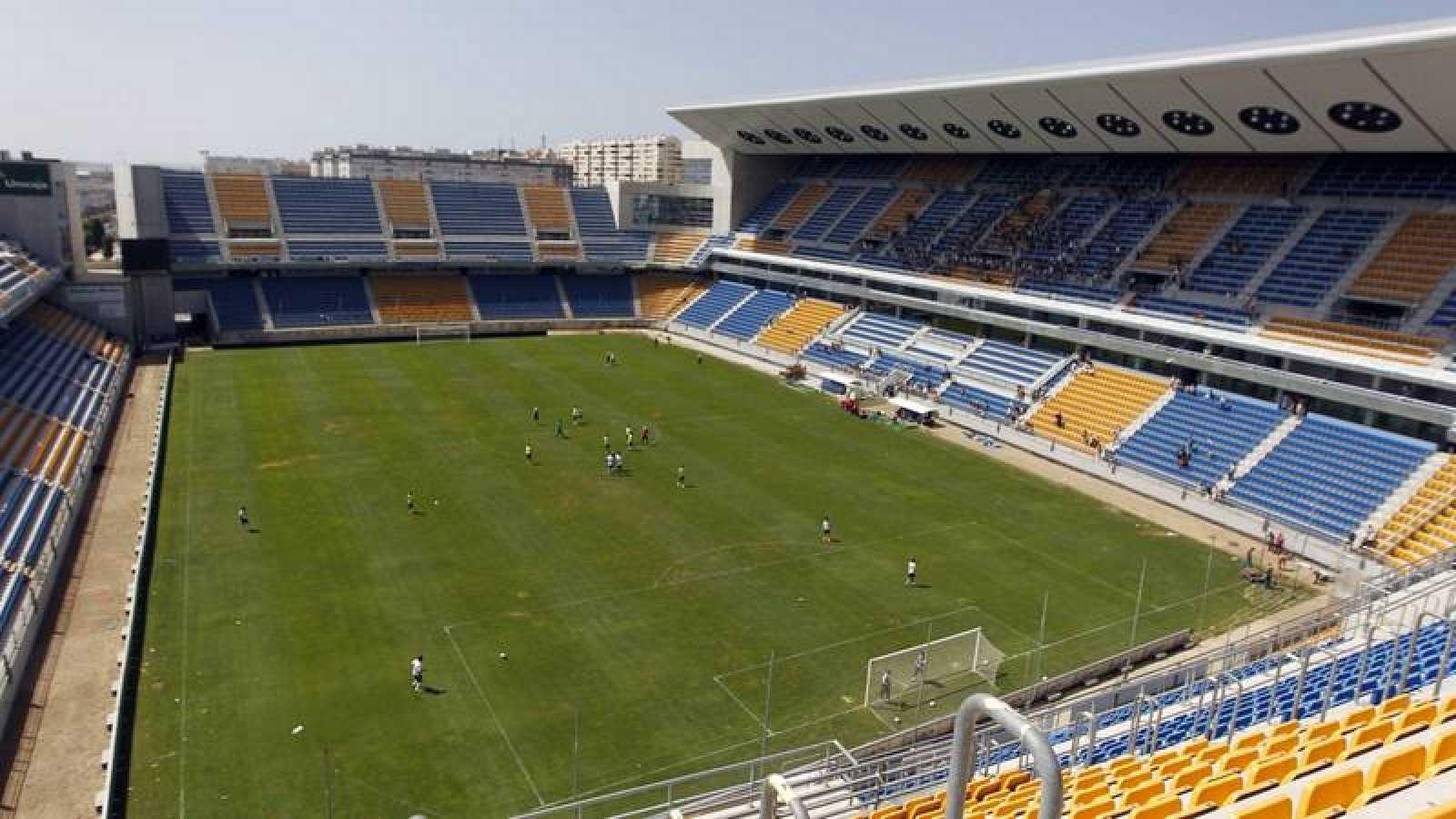 Vista del estadio Ramón de Carranza de Cádiz.