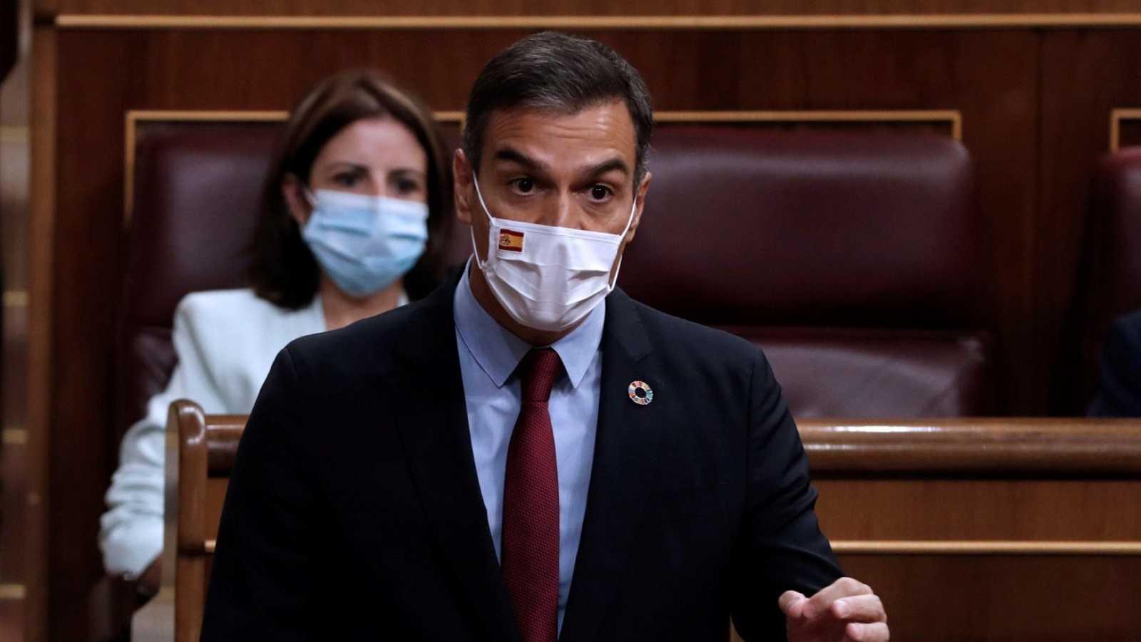 Pedro Sánchez interviene en el Congreso durante la última sesión de control al Gobierno.