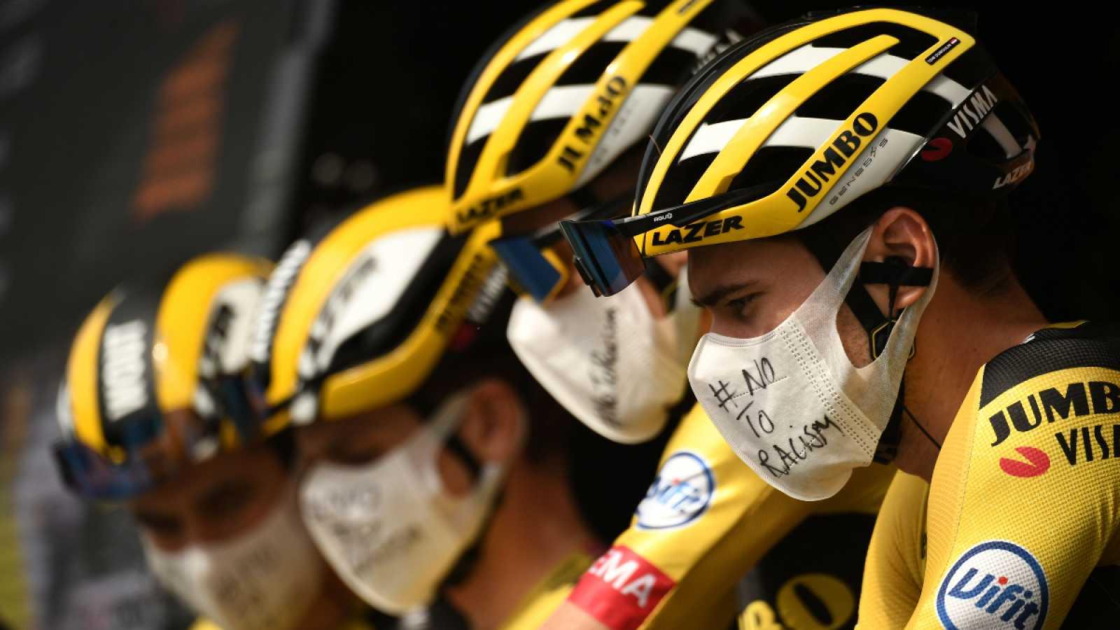 Vídeo: Los ciclistas del Jumbo-Visma con mascarillas contra el racismo