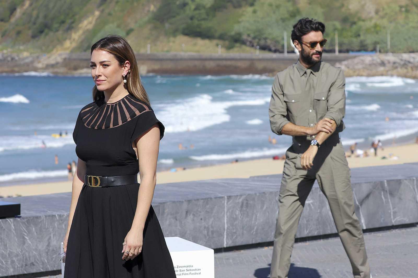 Blanca Suárez y Javier Rey presentan 'El verano que vivimos' en el Festival de San Sebastián