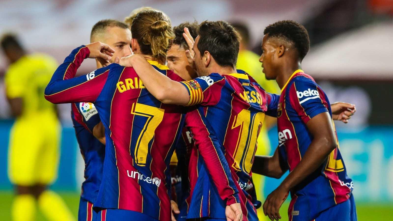Los jugadores del FC Barcelona celebran la victoria ante el Villarreal