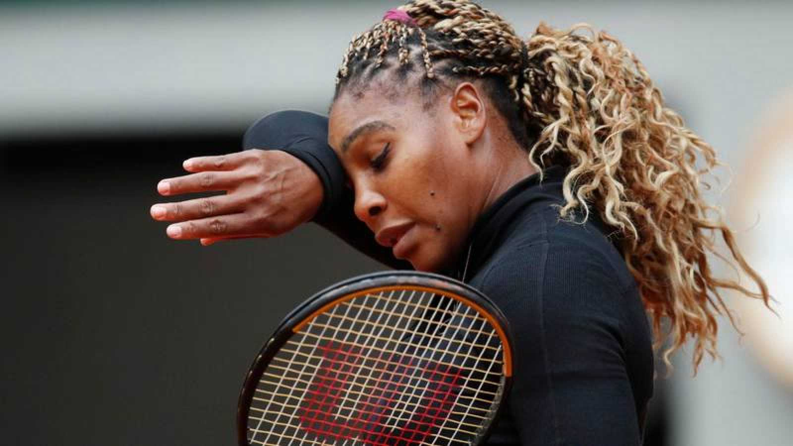 La tenista estadounidense Serena Williams durante su partido ante su compatriota Kristie Ahn en Roland Garros 2020.