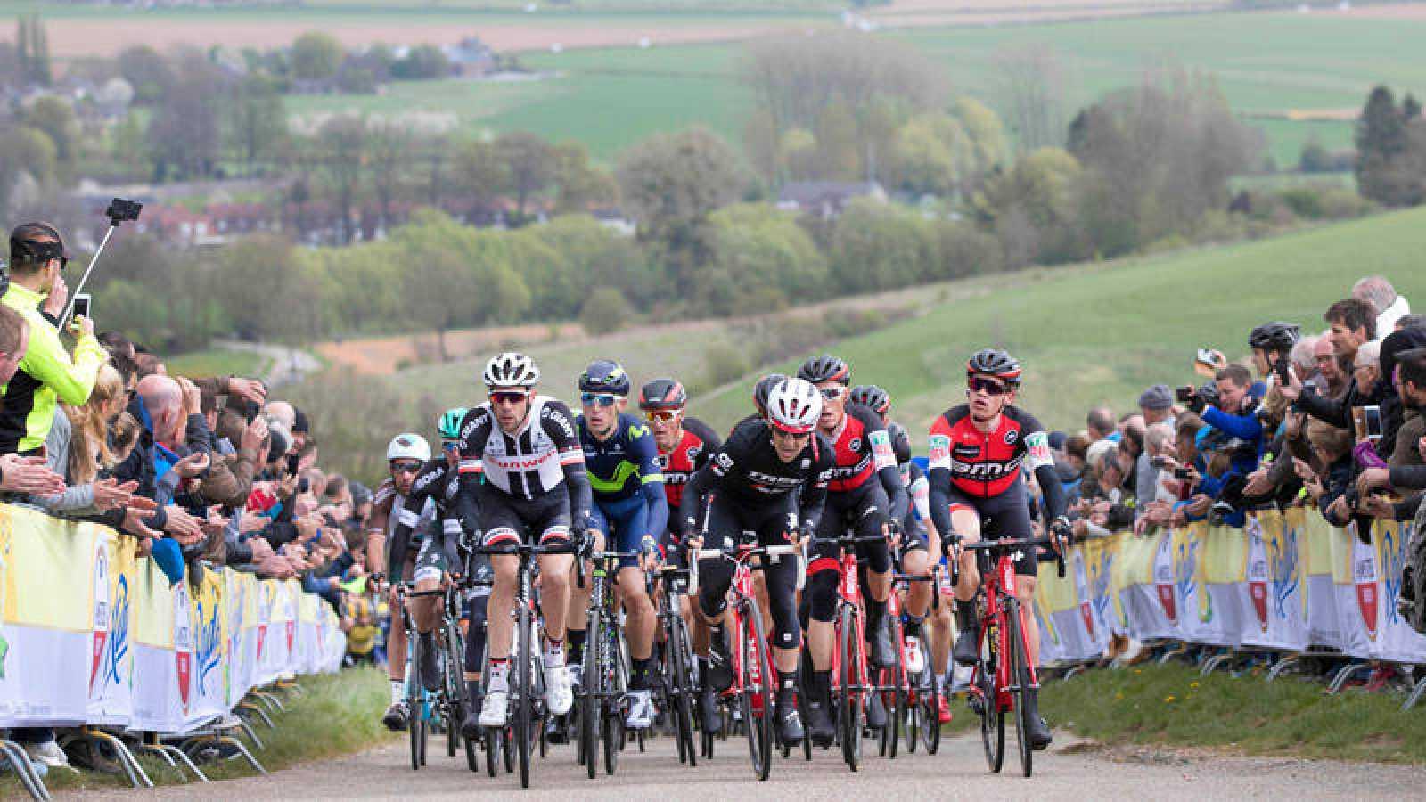 Ciclistas en la Amstel Gold Race
