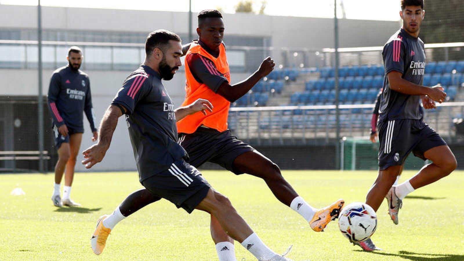 El lateral derecho del Real Madrid Dani Carvajal durante un entrenamiento del equipo en Valdebebas.