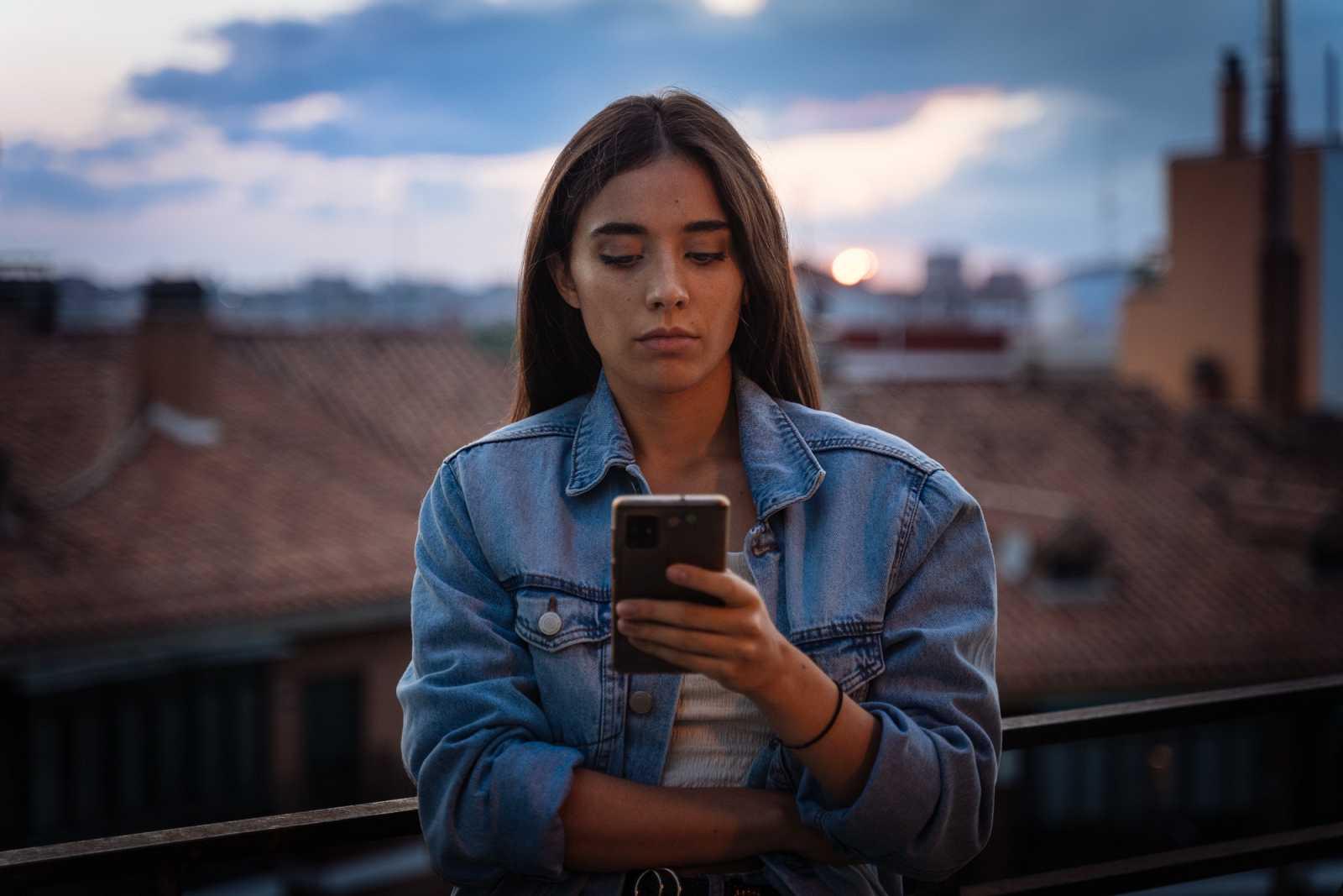 RTVE buscará concienciar sobre el acoso online a las niñas, en el Dia de la Niña