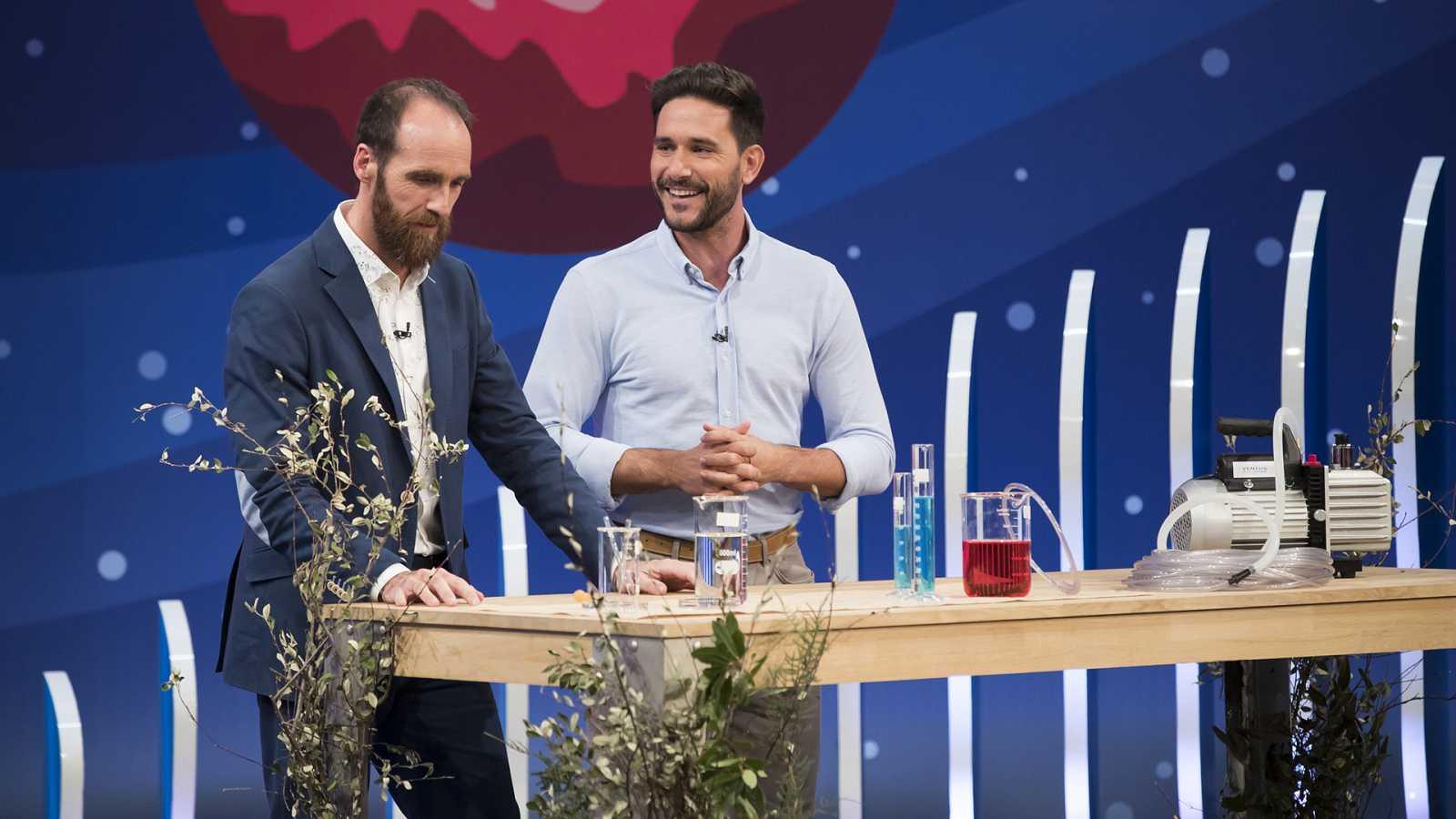 Javier Santaolalla y Edu Sáenz de Cabezón en Órbita Laika