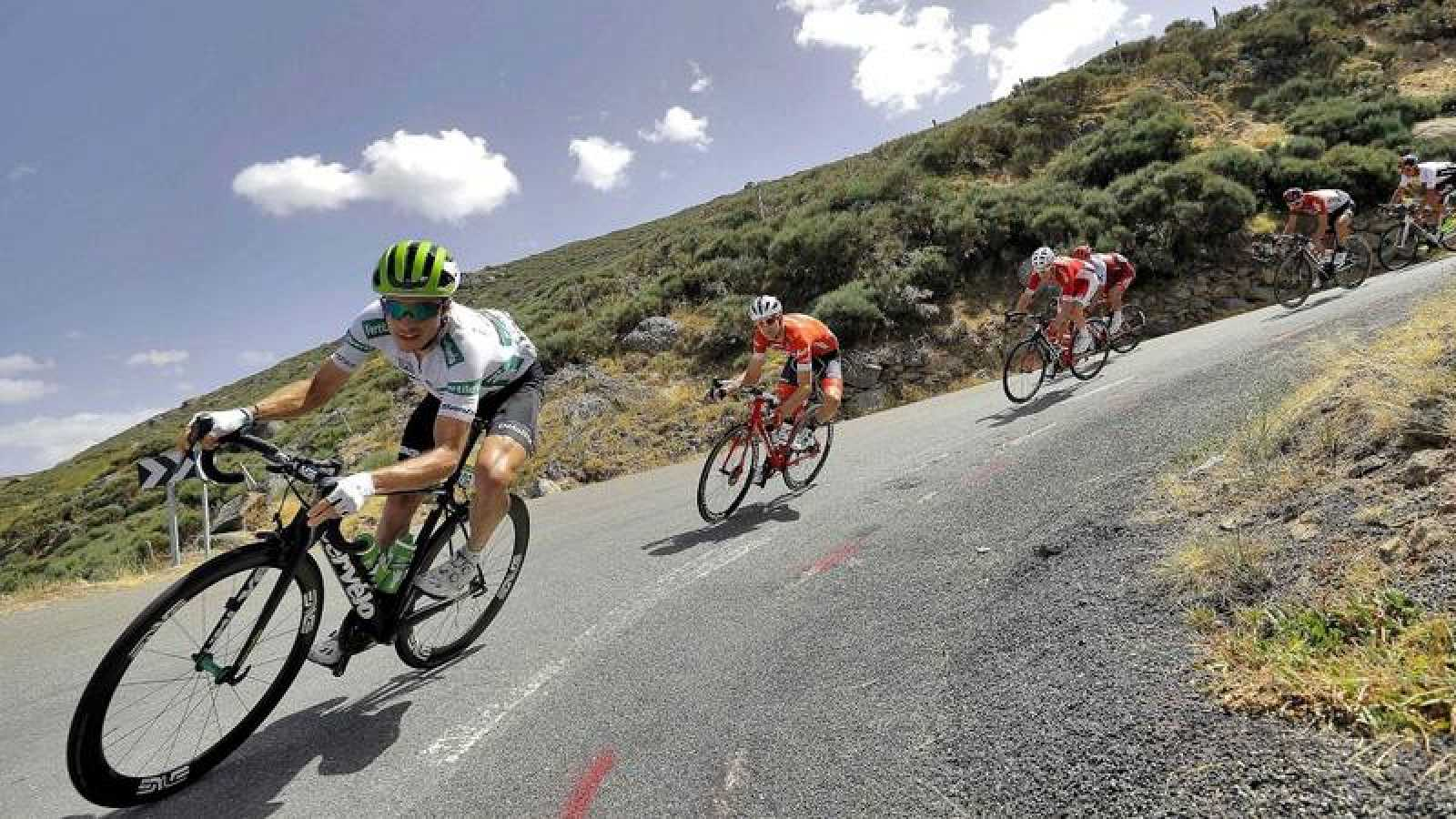 Imagen de la etapa novena de La Vuelta 2018 disputada entre Talavera de la Reina y La Covatilla.