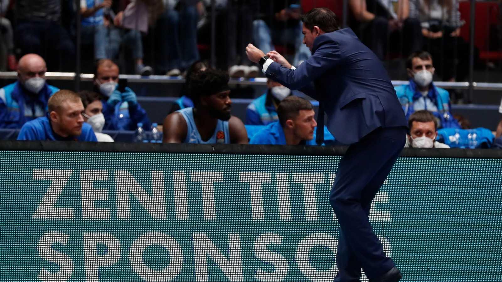 Xavi Pascual, entrenador del Zenit de San Petersburgo se lamenta