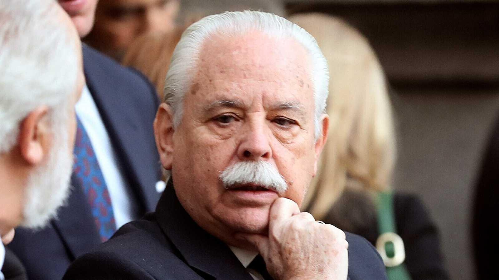 """El fiscal Navajas pide perdón por sus acusaciones """"falsas e imprudentes"""" contra su compañero en el 'caso Dina'"""