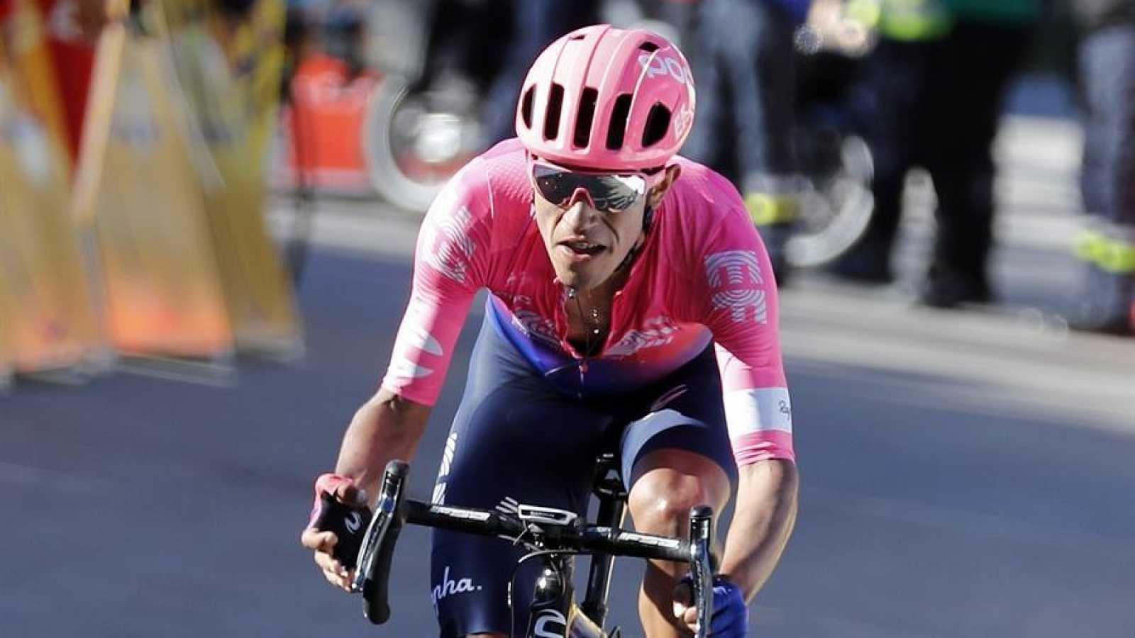 El corredor del Education First, Daniel Felipe Martínez no tomará salida en la etapa 4 de La Vuelta a España 2020