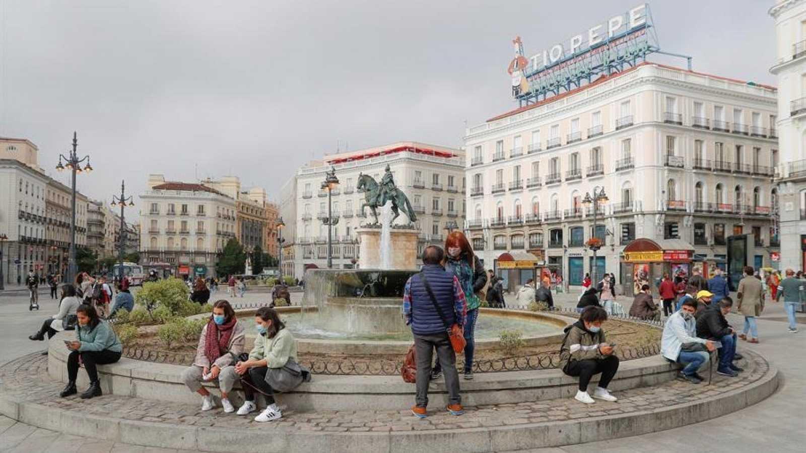 Ambiente en la Puerta del Sol de Madrid
