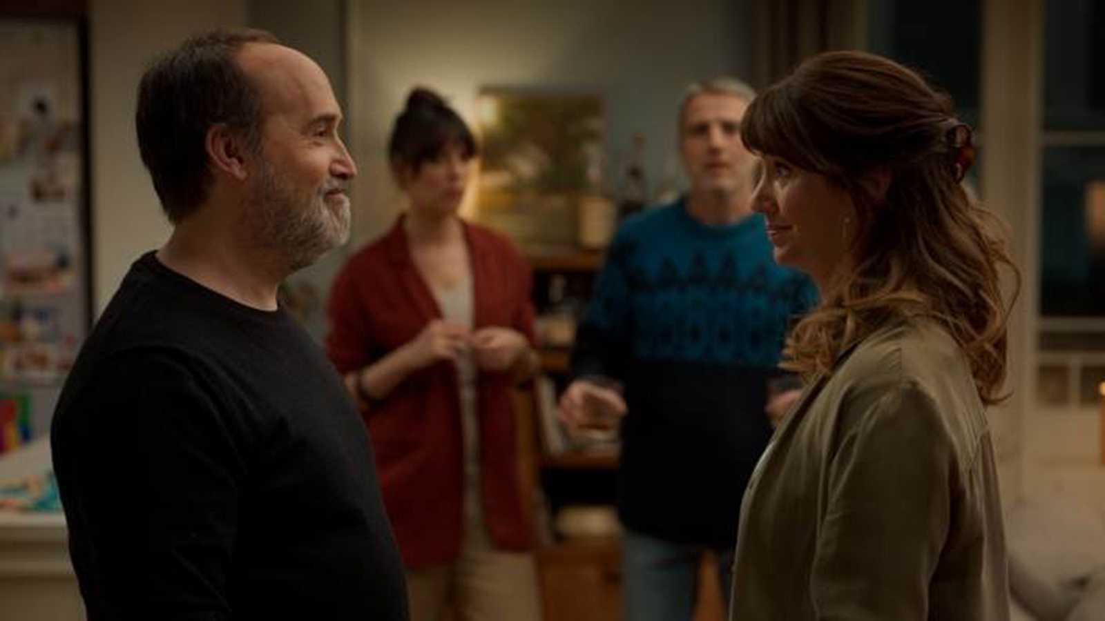 Días de cine' se asoma a la Seminci y a estrenos como 'Sentimental' y 'Emma'