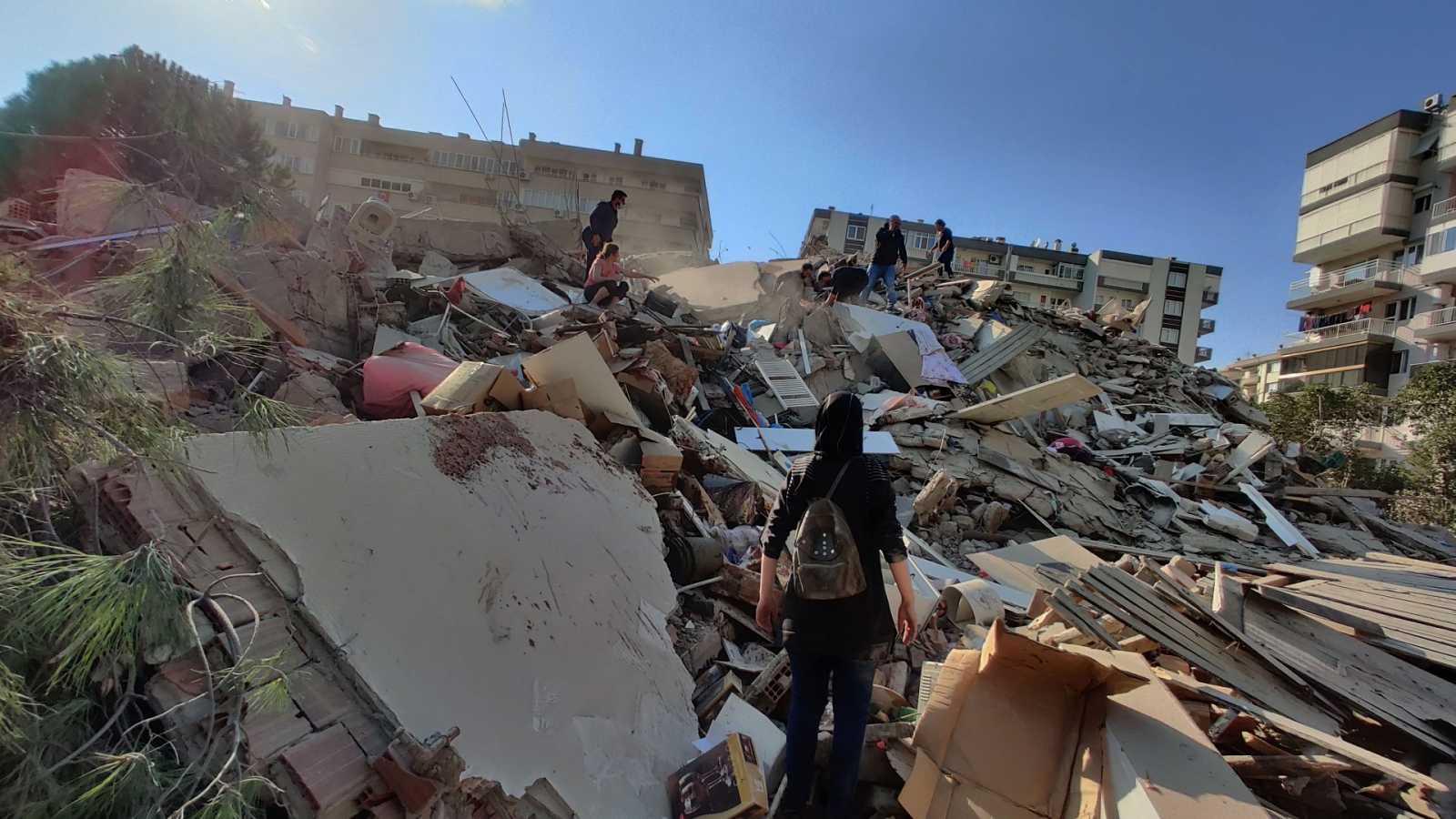 El terremoto se produjo el pasado viernes causando la muerte de 114 personas