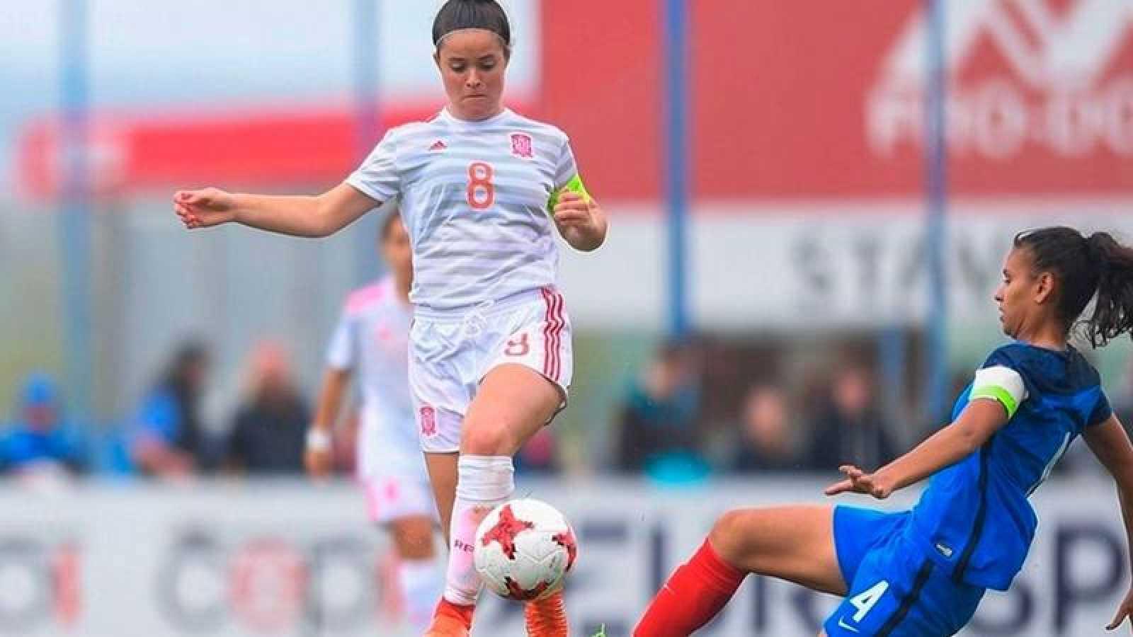 Imagen de Nerea Eizagirre en un encuentro de la selección española.