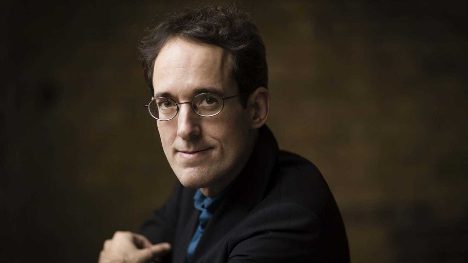 Pablo González, director titular de la Orquesta Sinfónica RTVE