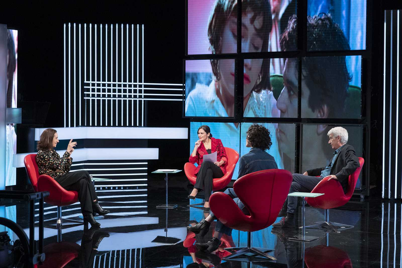 Coloquio sobre 'Las edades de Lulú' en HNC, con Oscar Ladoire y Rosana Pastor
