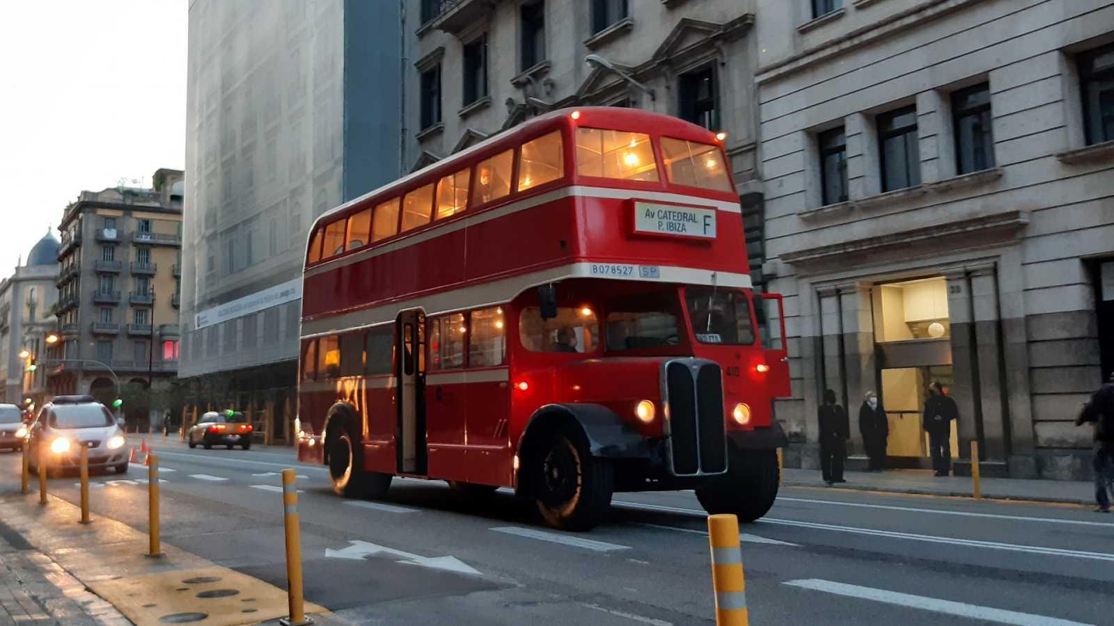 El autobus pertenece a la firma inglesa ACLO y se fabricó en 1948