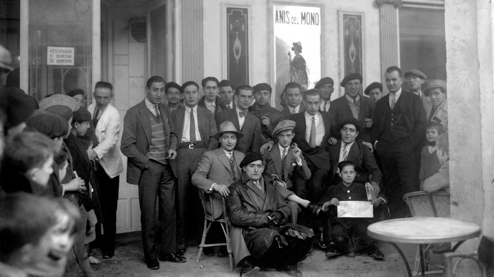 El artista aragonés Ramón Acín donó 50.000 pesetas de la Lotería de Navidad a Buñuel