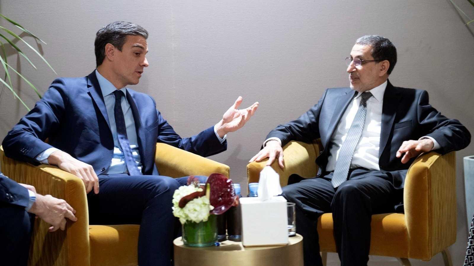 El presidente Pedro Sánchez, junto a su homólogo marroquí, Saadeddine Othmani, en 2018