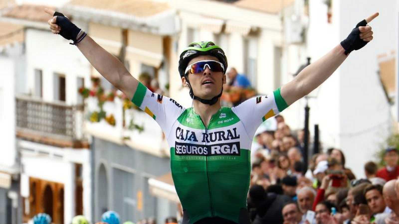 Gonzalo Serrano, en su victoria en la Vuelta a Andalucía.