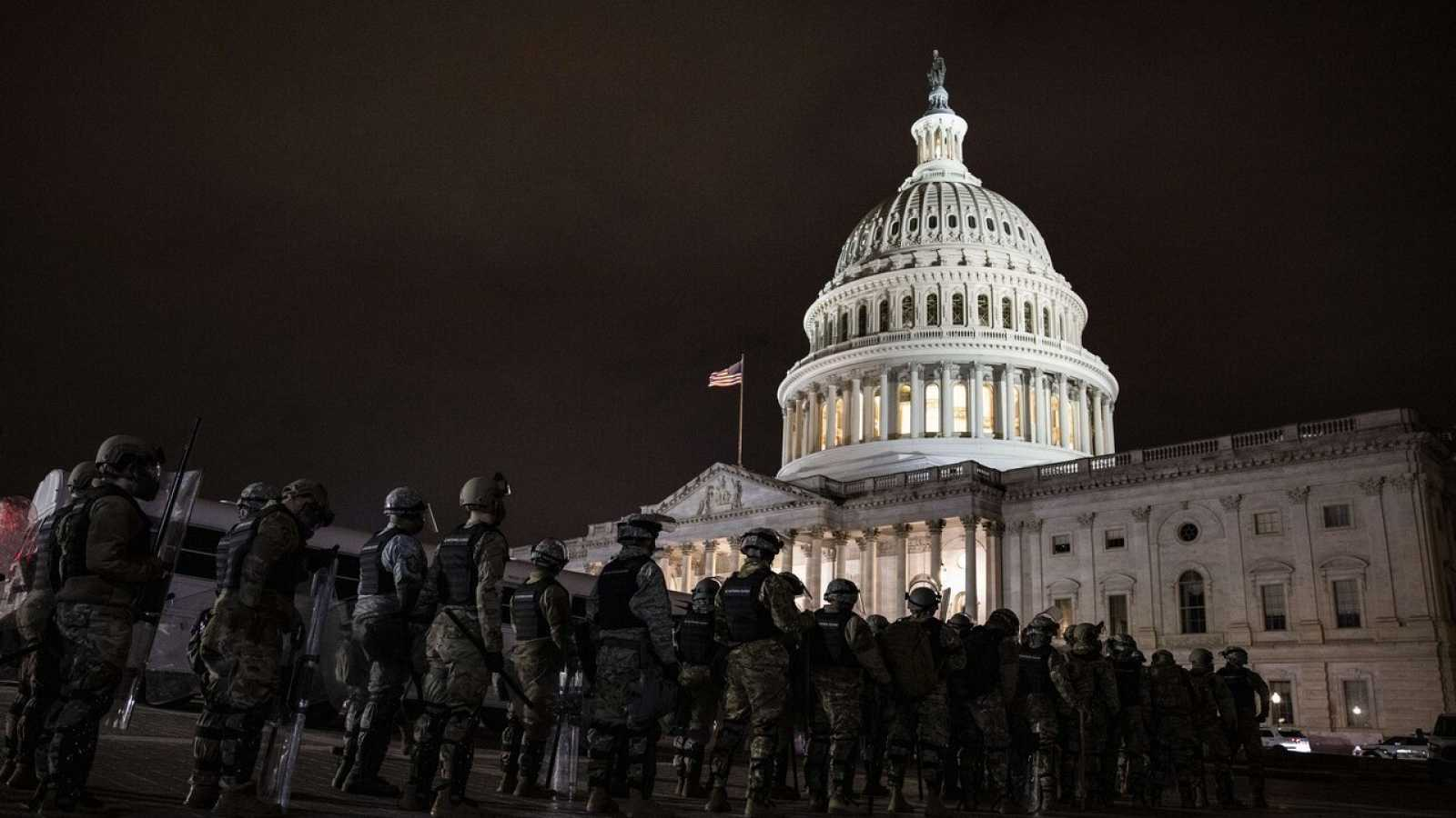 La Guardia Nacional protege el Capitolio tras el asalto