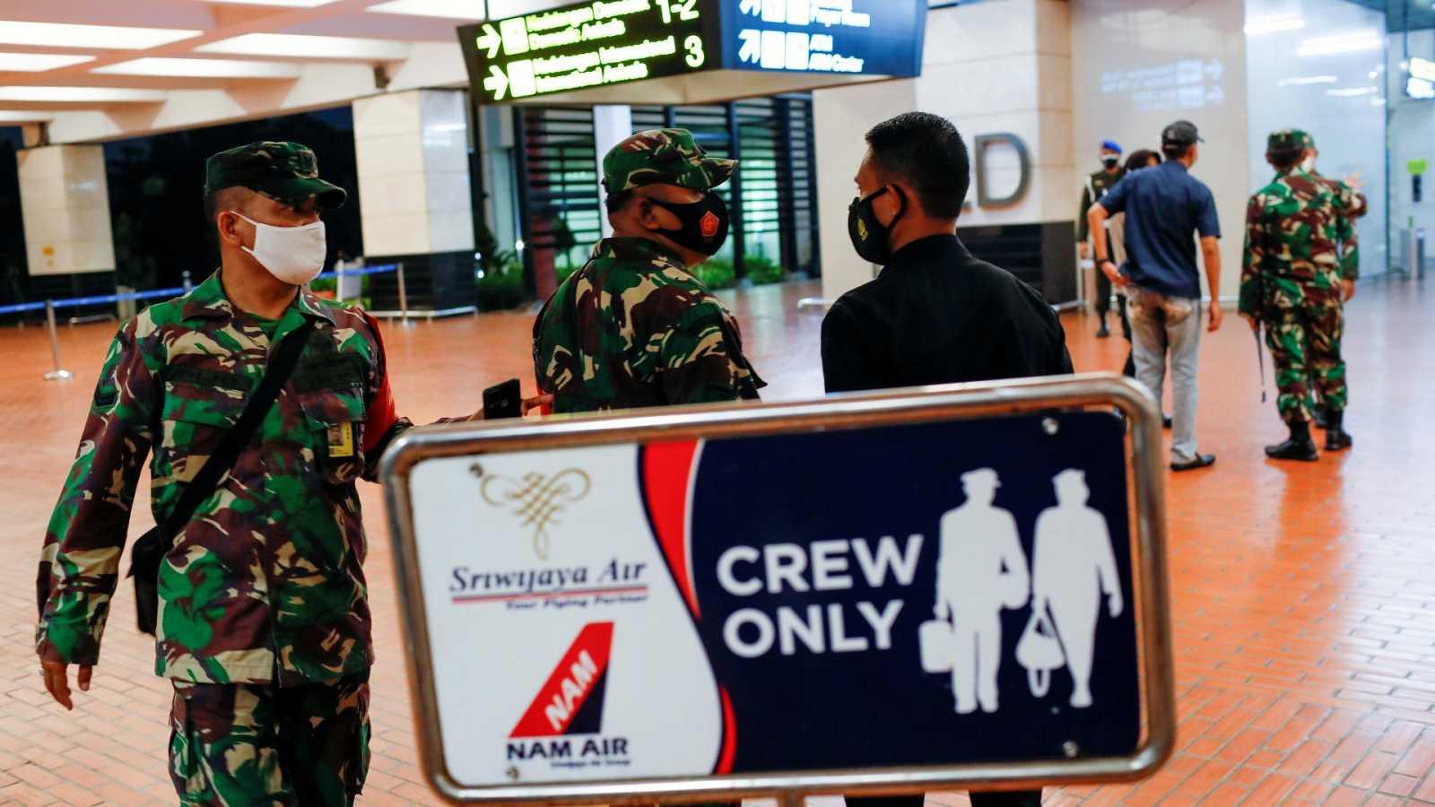 Aeropuerto de Yakarta del que despegó el avión siniestrado de Sriwijaya Air, con más de 50 personas a bordo