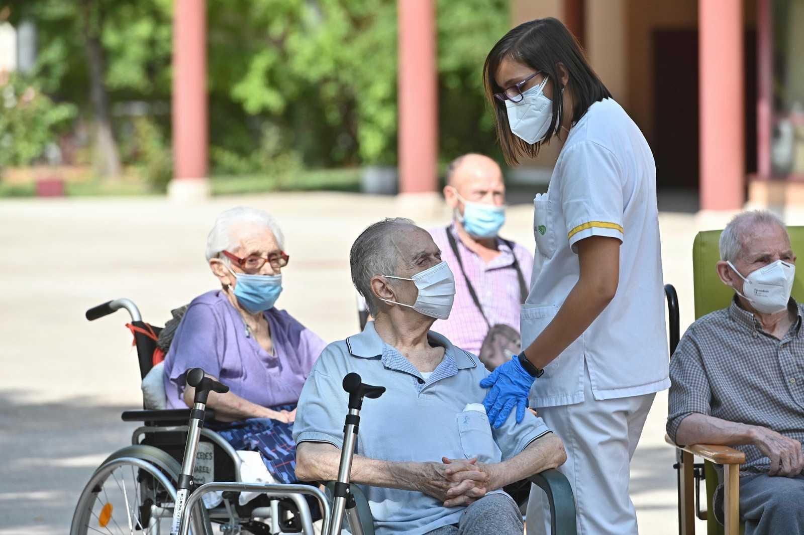 Faltan más de 70.000 plazas residenciales para mayores en España y las ratios no alcanzan el criterio de la OMS