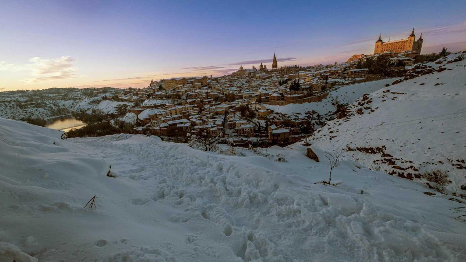 Vista general de la ciudad de Toledo tras el paso de la borrasca Filomena