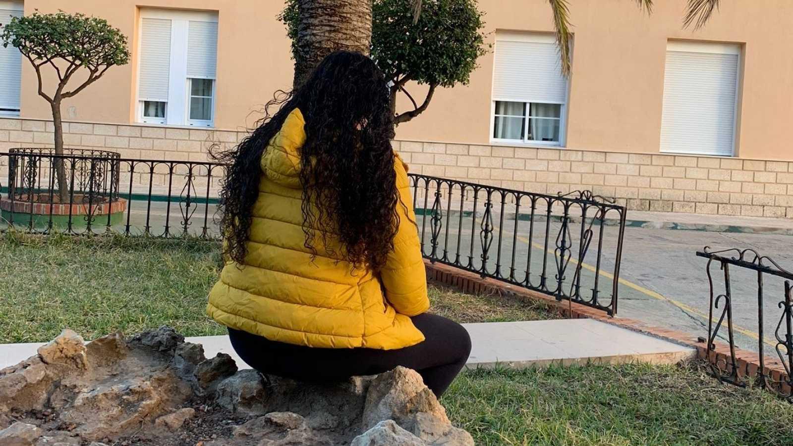 Soukaina en el patio del Centro de acogida Asistencial de Melilla