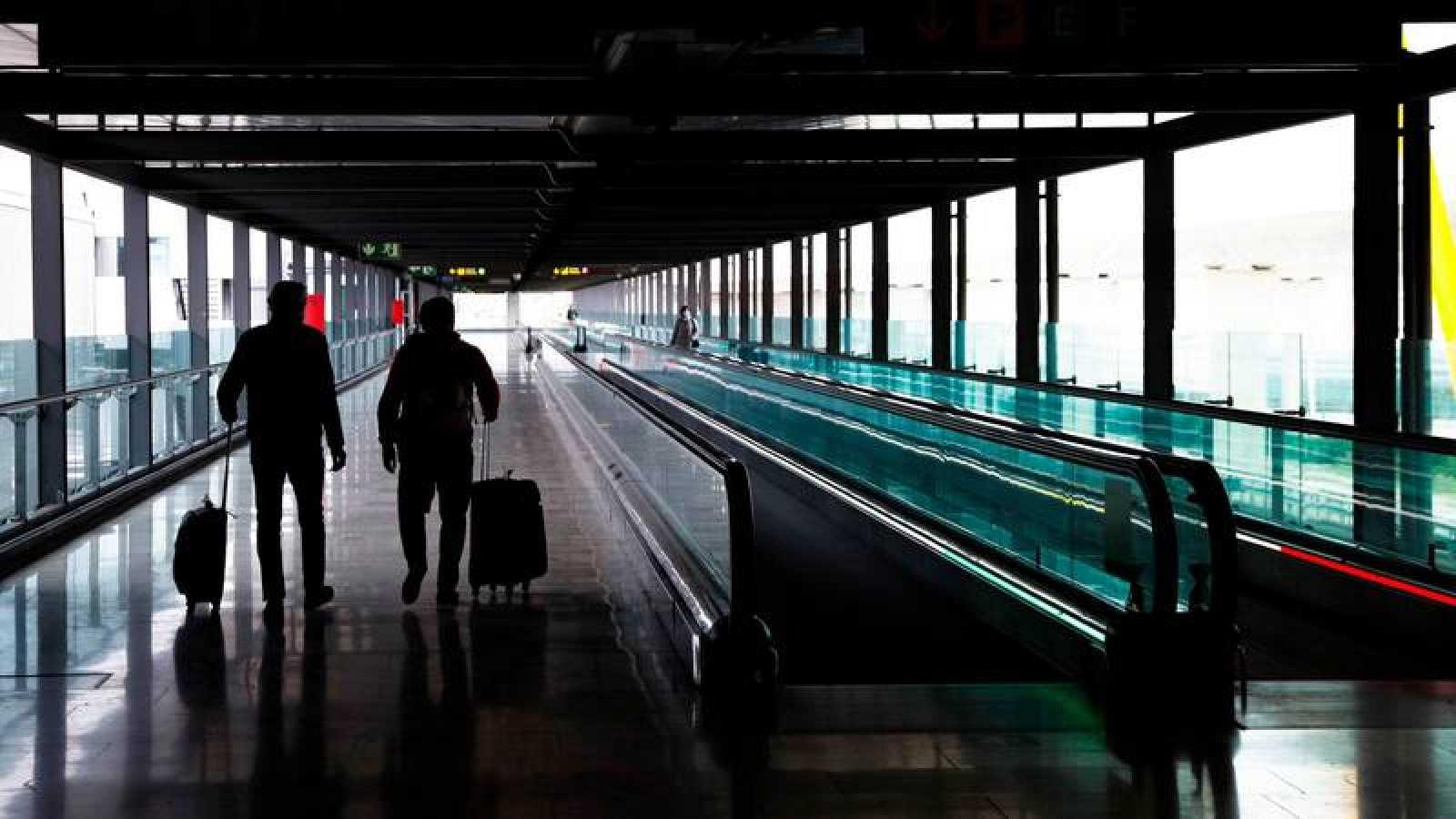 El transporte aéreo cayó más de un 60 %