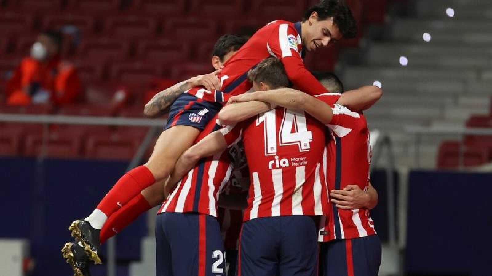 El Atlético aumentó su ventaja en Liga tras ganar el partido aplazado al Athletic.