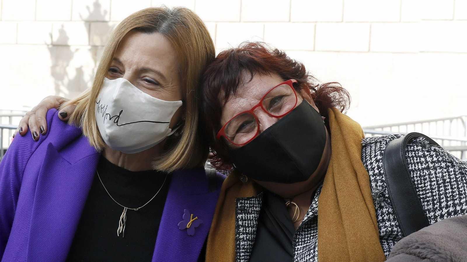 La expresidenta del Parlament Carme Forcadell y la exconsellera Dolors Bassa