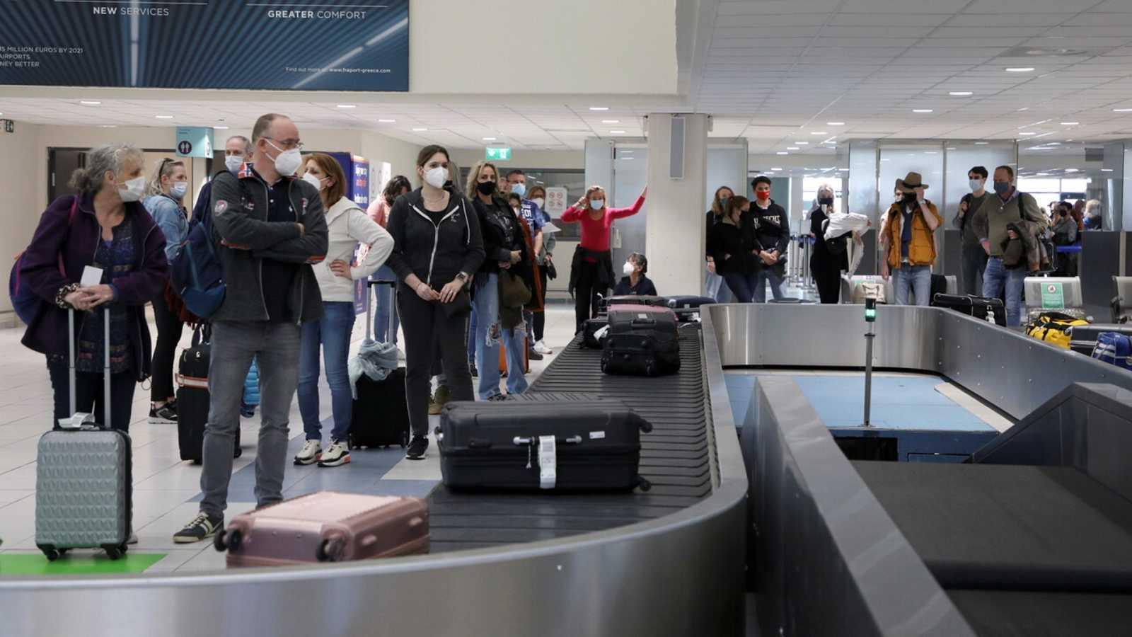 Bruselas no descarta que el 'pasaporte COVID' pueda tener otros usos en cada país