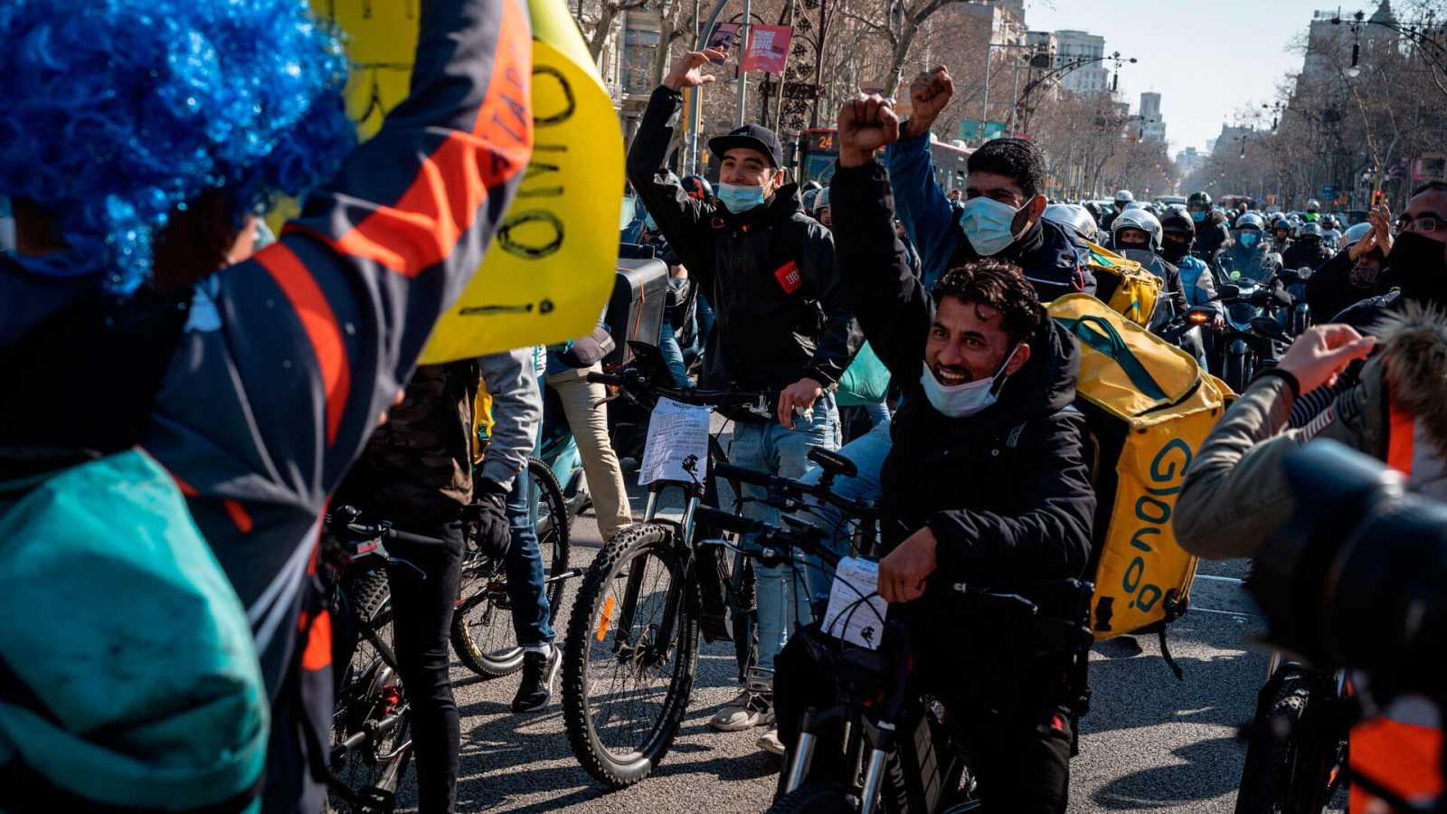Manifestación de riders pro autónomos en contra de la Ley Rider