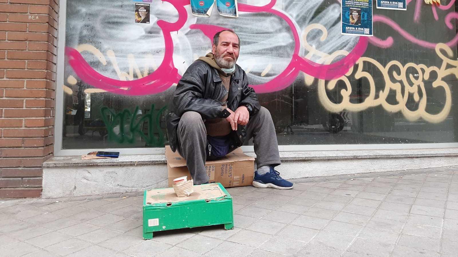 Alejandro lleva cinco años viviendo en la calle
