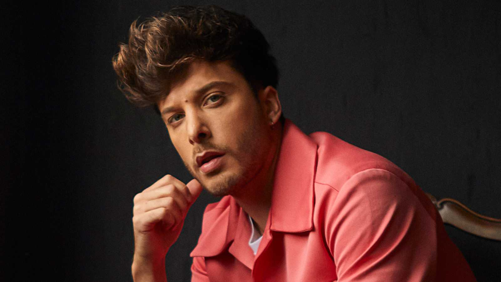 "Blas Cantó, candidato de España en Eurovisión, rinde homenaje a Rocío Jurado cantando ""Como las alas al viento"""