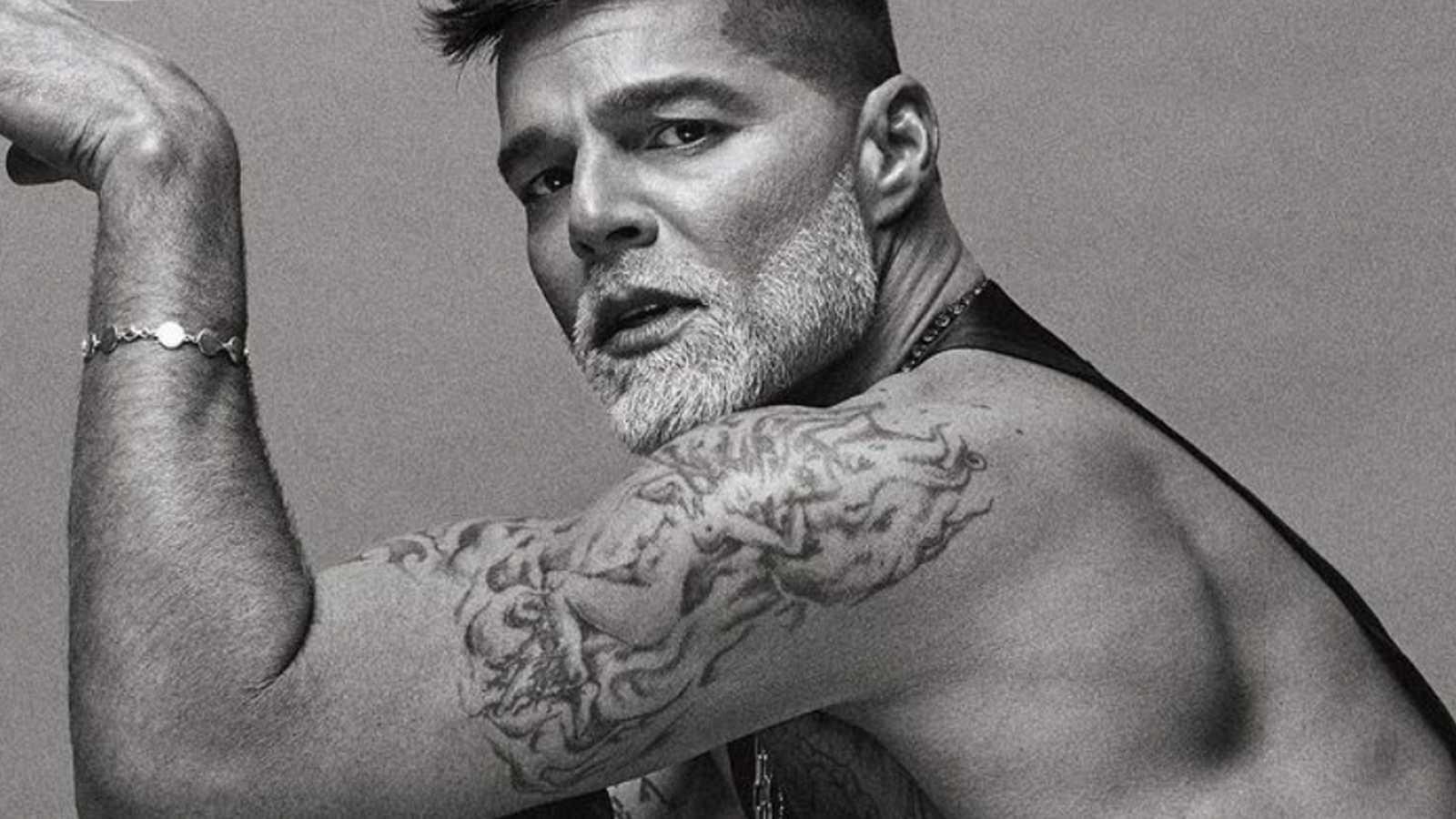 Ricky Martin enseña sus 'abdominales de hierro' y nos encantan