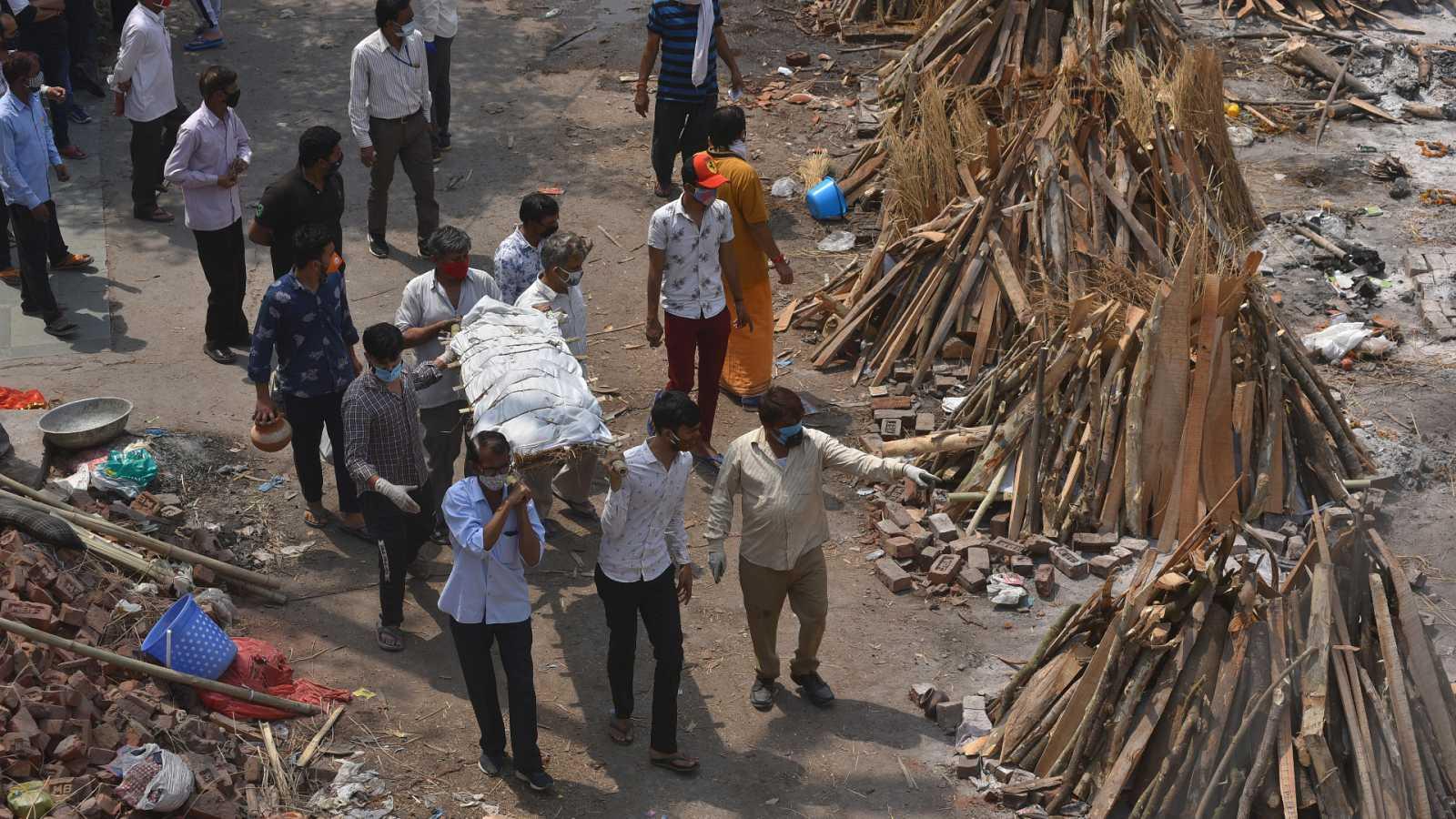Imagen de un crematorio en la India