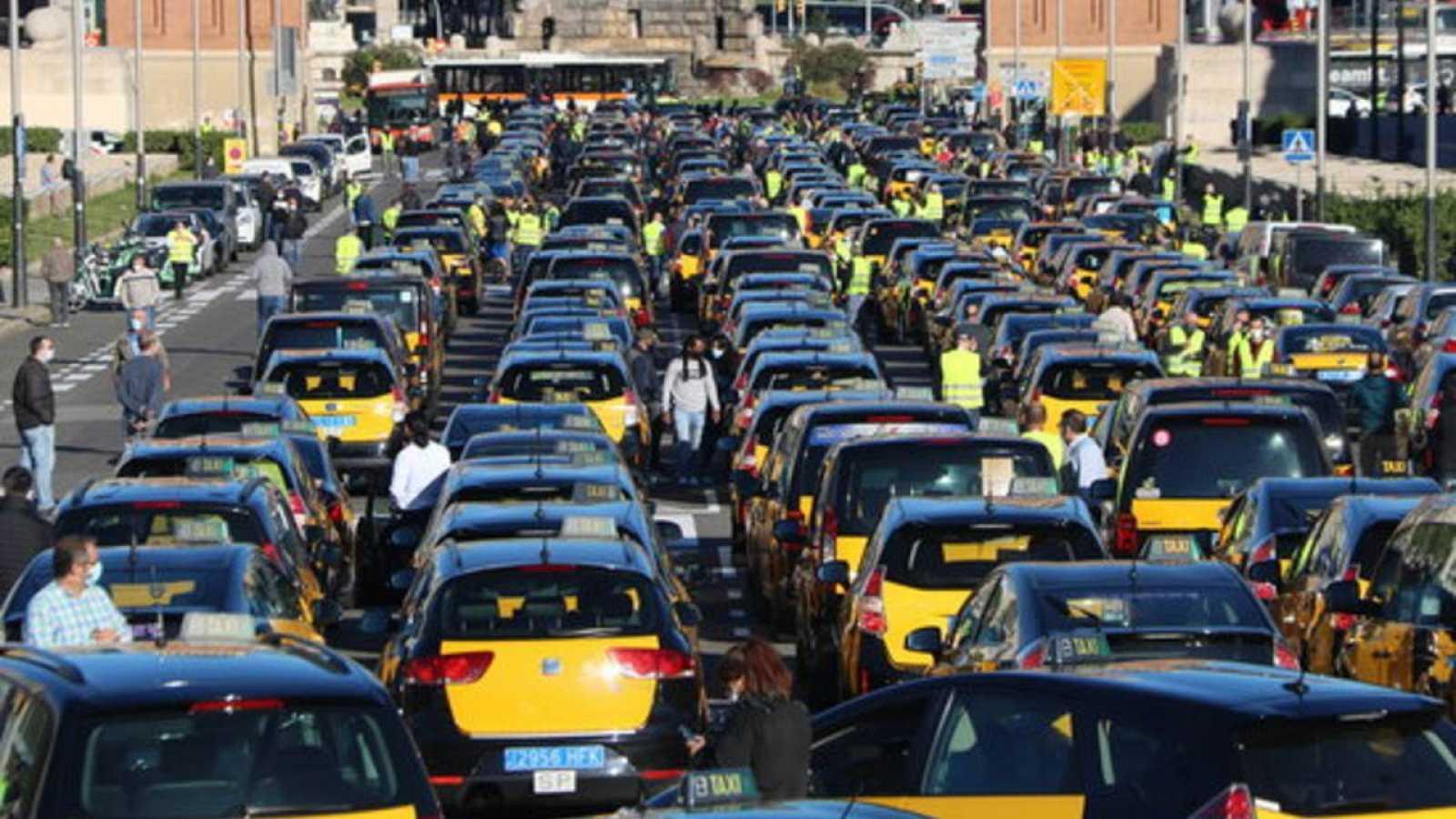 Élite Taxi convoca una mobilització el 17 de maig