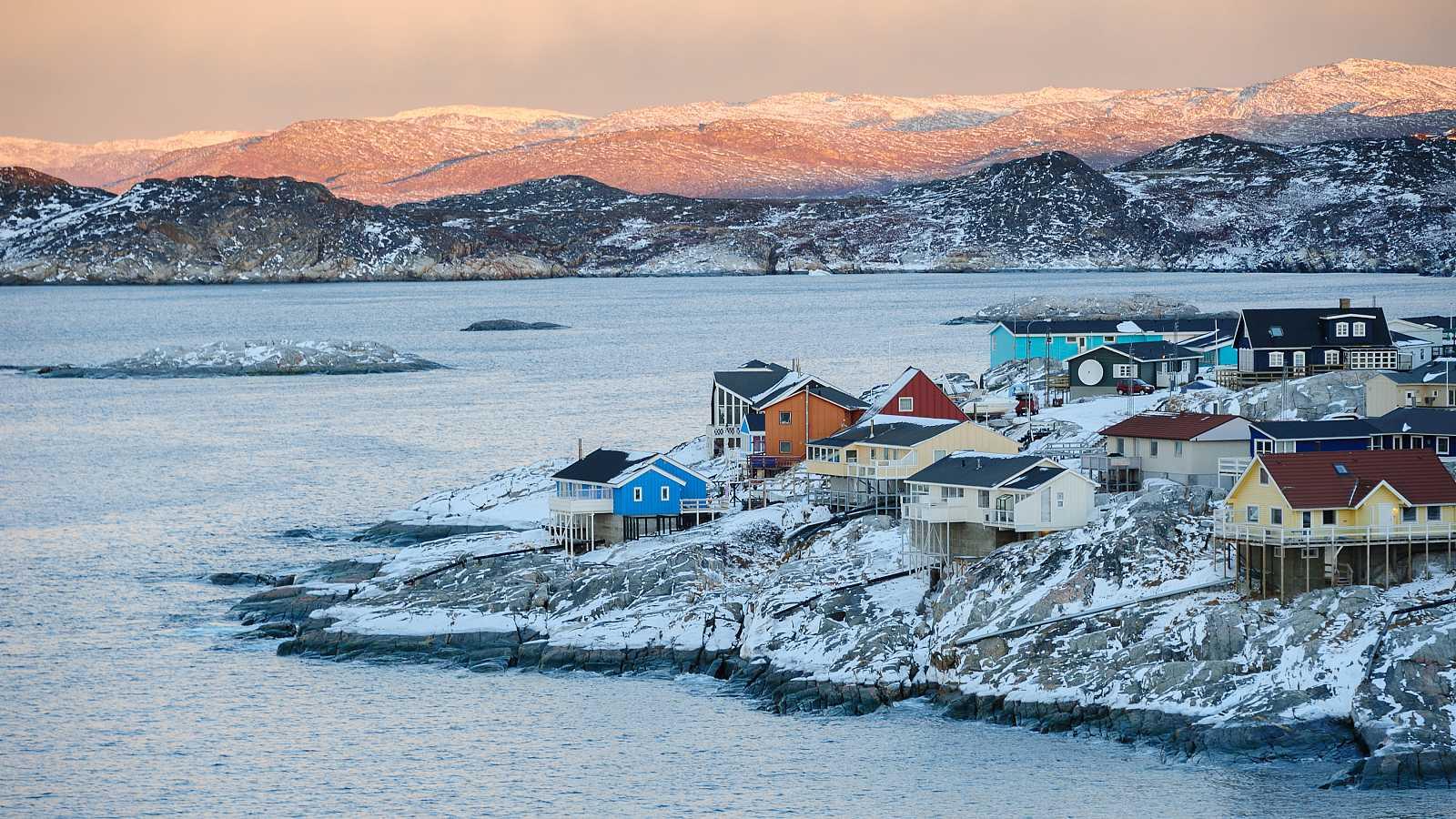 Un estudio científico ha analizado las aguas procedentes del deshielo de glaciares en el suroeste de Groenlandia.