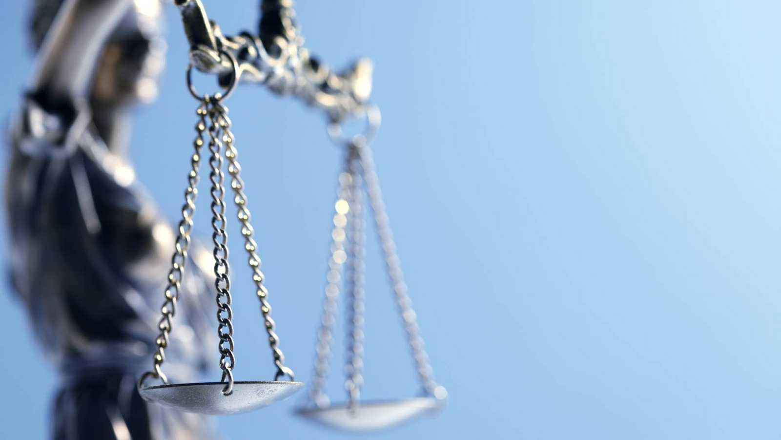 El 13 % de los indultos de la última década se otorgaron con el tribunal en contra