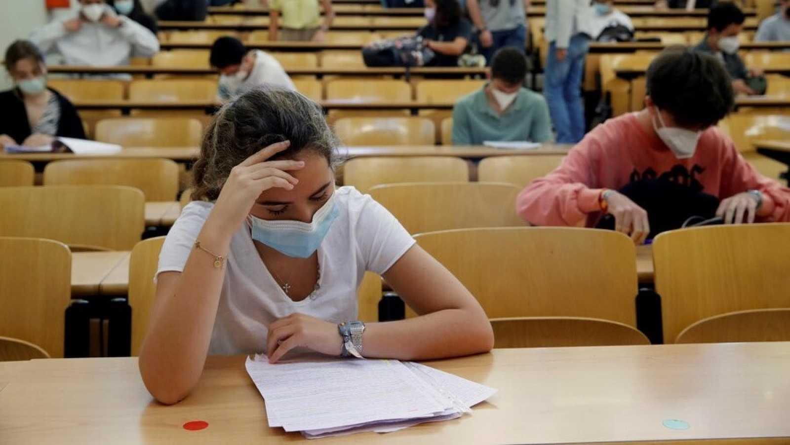 Uns 40 mil alumnes catalans afronten aquest dimarts les proves d'accés a la Universitat