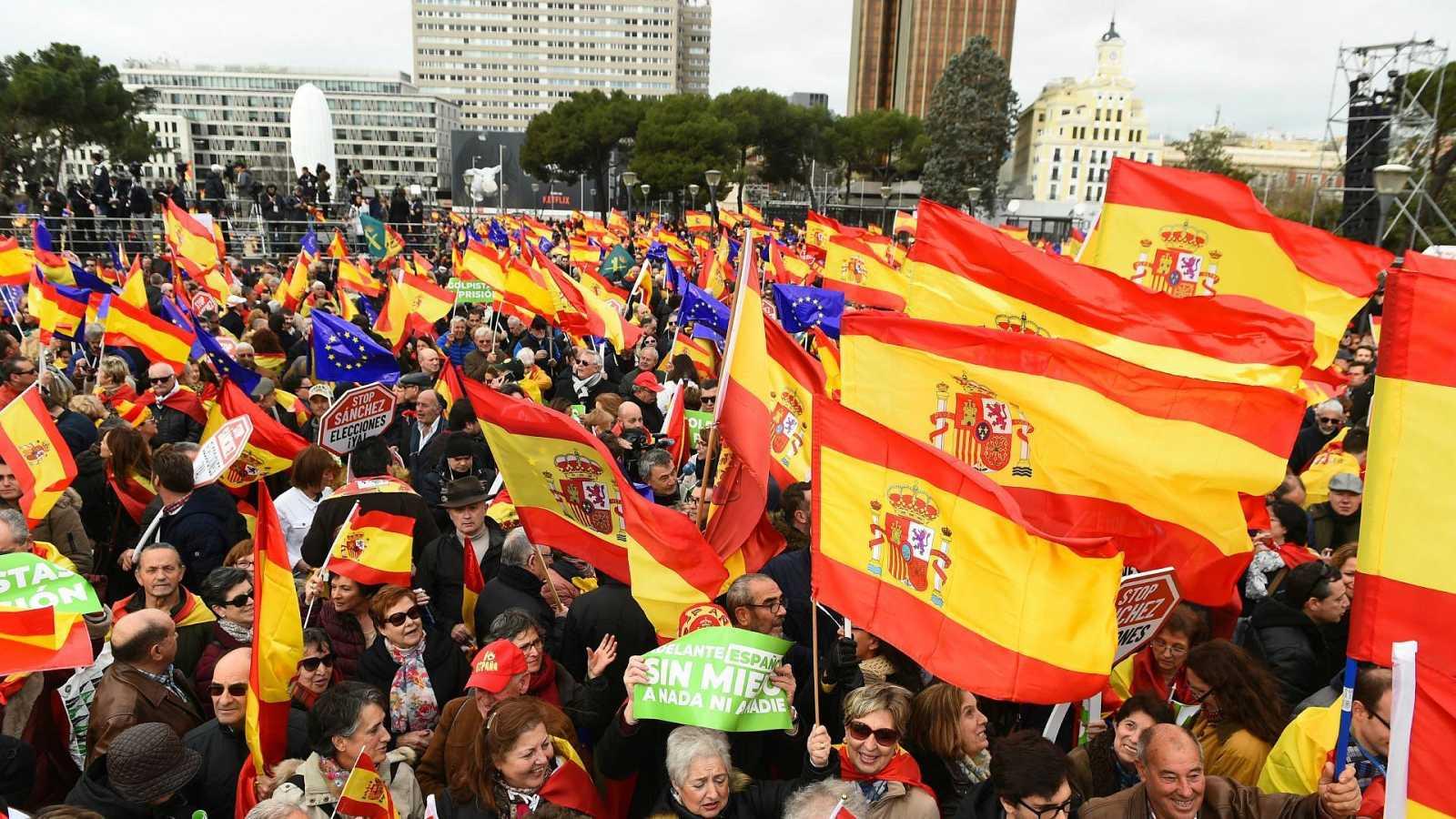 Imagen de archivo de la concentración convocada por el PP, Ciudadanos y Vox en la plaza de Colón de Madrid en 2019